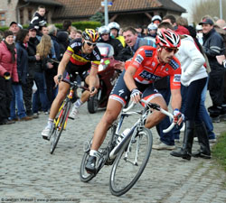 Cancellara leads Boonen to win the Ronde van Vlaanderen
