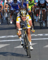 Mark Cavendish wins Milan - San Remo