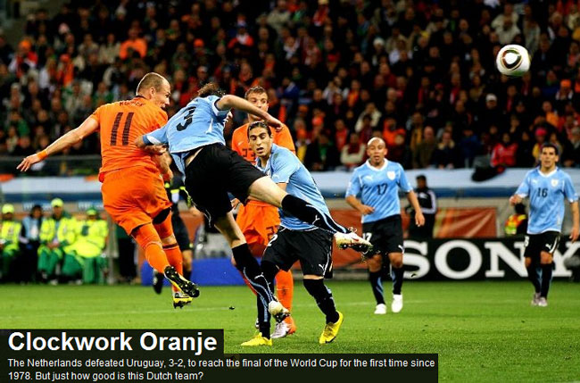 Wesley Sneijder scores for the Netherlands as they defeat Uruguay 3-2