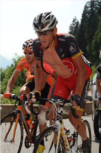 Lance Armstrong has a tough stage 8, loses 12 minutes on GC and is out of contention