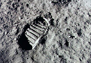 Neil Armstrong: one small step for man, one giant step for mankind