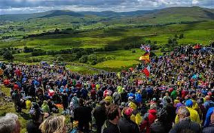 massive Yorkshire crowds line the route
