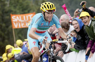 Vincenzo Nibali looks solid to win the yellow overall jersey