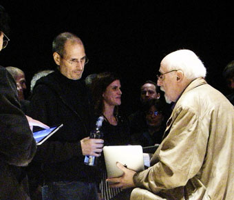 Walt Mossberg with Steve Jobs