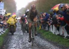 Georgie Hincapie gets ready for Paris Roubaix